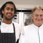 Paul Fagel van Arsenaal Restaurants ( Naarden ) en Chef de Cuisine Raoul Badal