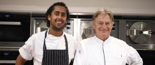 Paul Fagel van Arsenaal Restaurants ( Naarden ) en Chef de Cuisine Raoul Badal